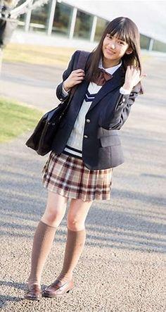 Pin by Bifen Huang on Uniform in 2019 Cute School Uniforms, School Uniform Fashion, Japanese School Uniform, School Girl Outfit, School Uniform Girls, Girls Uniforms, Girl Outfits, School Girl Japan, Japan Girl