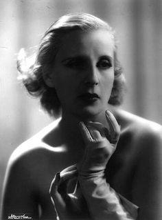 Gallery Hacked Diana Wynyard (1906-1964)  naked (39 foto), Facebook, lingerie