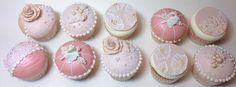 Wedding lace cupcakes. Pitsi hää kuppikakut