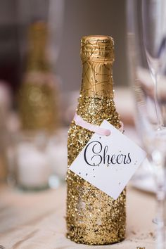Champagne, travel sized, favors, gold glitter // Dolce Photography