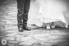 Queremos fijarnos en los protagonistas de los pasos importantes de vuestras vidas. #fotografía #boda #mbceventos #reciéncasados #maridoymujer #Lugo #Galicia #weddingphoto #wedding #groomandmaid #justmarried #bodasgalicia