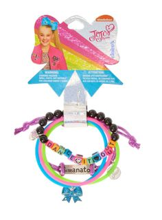 This set of 5 bracelets feature JoJo Siwa dance themed charms and beading. Including 2 brightly colored rubber band bracelets with glitter bow charms, an elasticed beaded bracelets with beads that spell out 'Dance It Out' and a purple ajustable cord bracelet which reads 'Siwanator'. A must have for JoJo Siwa super fans!