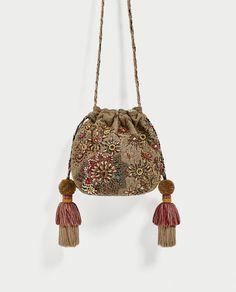 Beaded and Tasseled Bucket Bag from Zara Sacs Design, Potli Bags, Boho Bags, Crochet Handbags, Beaded Bags, Clutch, Vintage Bags, Handmade Bags, Beaded Embroidery