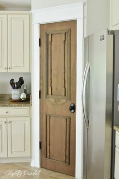 "DIY ""Antique"" Pantry Door – Slightly Coastal In this post: Do you love all the antique doors used in Fixer Upper but haven't had any luck finding one? Find out how I created my own ""antique"" door. It was really quite easy… Vintage Doors, Antique Doors, Old Doors, Front Doors, Barn Doors, Corner Pantry, Kitchen Pantry, Kitchen Ideas, Kitchen Trends"