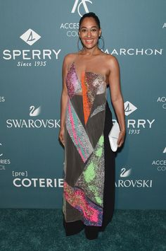 Tracee Ellis Ross Photos - Tracee Ellis Ross attends the Annual Accessories Council ACE Awards at Cipriani Street on June 2018 in New York City. - Accessories Council Celebrates The Annual ACE Awards - Arrivals Fashion 2020, Star Fashion, Covet Fashion, High Fashion, Women's Fashion, Sheer Dress, Strapless Dress Formal, Beauty And The Beat, Tracee Ellis Ross