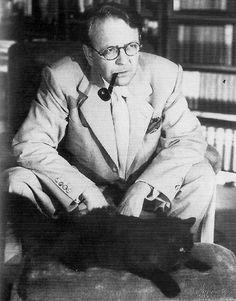 "Raymond Chandler  ""A good story cannot be devised; it has to be distilled."""