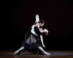 """""""La Dame aux camélias"""": un sofferto ballet d'action"""