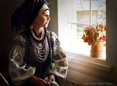 Incredible photo shoot mothers, wives and sisters ATO soldiers in Ukrainian costumes