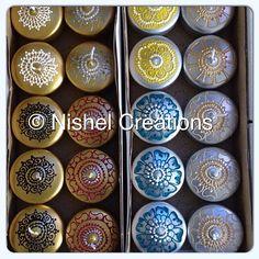 Gold Floating Candles. #nishelcreations #henna #hennaart #hennacandles #mehndi #mehndidesign #art #craft #floatingcandles #candles #spring #easter #home #homedecor #interiordesign #decor #design #gold #flowers #floral #gift #giftideas #tealights