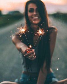 Diwali Photography, Sparkler Photography, Fireworks Photography, Birthday Photography, Portrait Photography Poses, Photography Poses Women, Tumblr Photography, Photo Poses, Creative Photography