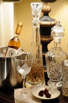 (**) Wine and decanters...