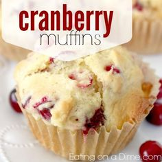 Muffins Cranberry Muffins Recipe -- Since cranberries are cheap everywhere right now, they are the perfect frugal breakfast idea.Cranberry Muffins Recipe -- Since cranberries are cheap everywhere right now, they are the perfect frugal breakfast idea. Muffin Tin Recipes, Baking Recipes, Dessert Recipes, Cookie Recipes, Recipes Dinner, Healthy Recipes, Pate A Muffins, Mini Muffins, Streusel Muffins