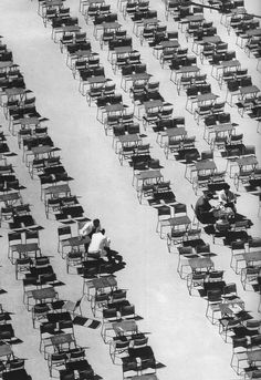 Syntagma Square, Athens, 1956 / Dimitris Harisiadis