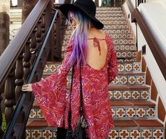 Awesome hair and funky dress 70s Outfits, Hippie Outfits, Fashion Outfits, Gypsy Style, Hippie Style, My Style, Boho Hippie, Nu Goth Fashion, Boho Fashion