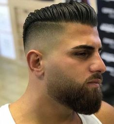 69 Trendy Beard Style For Round Face Men you Must Try Faded Beard Styles, Beard Styles For Men, Hair And Beard Styles, Curly Hair Styles, Facial Hair Styles, Beard Cuts, Beard Fade, Sexy Beard, Short Hair With Beard