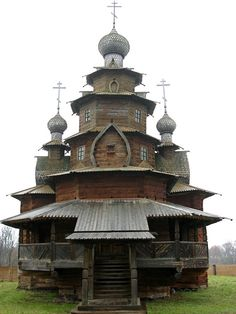10 Spectacular Wooden Churches From Russia