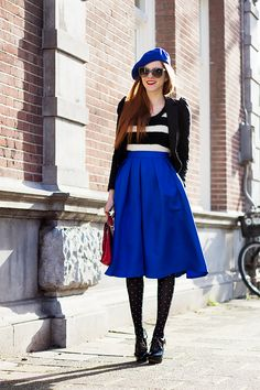 Outfit | A Sunny Retro Winter - Beret from Paris, Sunglasses & jacket from @HM, striped fluffy top from Bolton's, cobalt blue midi skirt from @sheinside, tights unknown, bag thrifted and shoes from Van Haren -www.redsonjafashion.com
