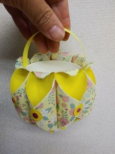Diy Paper, Paper Crafts, 3d Origami, Paper Plates, Activities For Kids, Toy Boxes, Toys, Cool Toys, Geishas