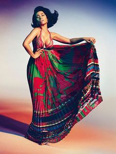 Nicky Minaj in Roberto Cavalli SS15. Good news, girls. You can get your maxis out again this summer!