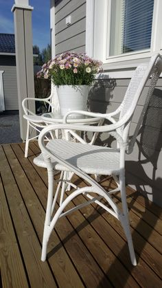 pineen tilaan pienet tuolit Cervinia tuolit, Erno pöytä http://kauppa.parolanrottinki.fi/