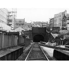 'Victoria Street' Great Central Railway Tunnel at Weekday Cross Junction Nottingham City, Old Train Station, Disused Stations, Derbyshire, Historical Photos, Railroad Tracks, Victoria, History, Trains