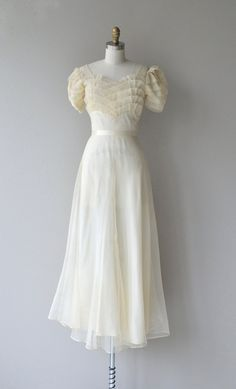 Vintage 1930s airy chiffon wedding dress with wide pleated panel bodice and sleeves, empire waist effect, center seam, graceful layered skirt and