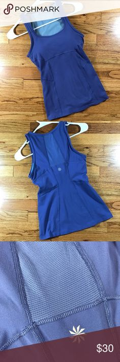 Athleta Sport Top! Sz XXS Athleta Sport Top! Sz XXS •EUC •Form fitting •Pretty periwinkle shade •Scoop neck • Breathable material Athleta Tops Tank Tops