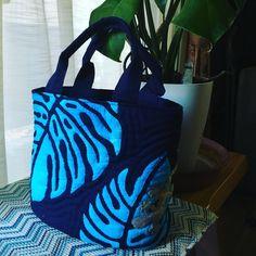 ブルー、バージョンのゲッコー可愛いバッグ出来ました #hawaiianquilt  #ハワイアンキルト  #バッグ