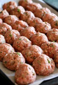 Sunday Meatballs and Sauce is a classic meatballs and sauce recipe!Grandma's Sunday Meatballs and Sauce is a classic meatballs and sauce recipe! Meatloaf Recipes, Meatball Recipes, Pork Recipes, Crockpot Recipes, Cooking Recipes, Meatball Sauce, Meatball Recipe No Breadcrumbs, Recipies, Healthy Recipes
