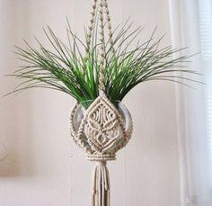 Znalezione obrazy dla zapytania macrame flower hanging tutorial
