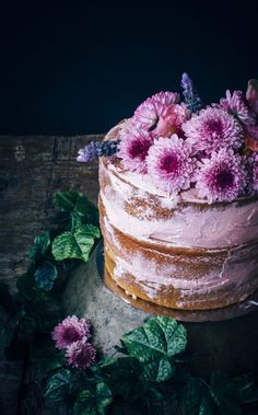 Styling Food With Flowers for Styling Magazine