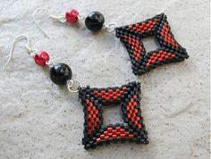 Ridgways / Geometria..čierno červená...PC 7,99