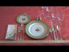 https://www.google.com/search?q=buckingham+palace+dining+table&biw=1280&bih=584&source=lnms&tbm=isch&sa=X&ved=0CAYQ_AUoAWoVChMIo6buo9O4yAIVy4oNCh2LjQez#imgrc=YHhiw9vemt1CuM%3A
