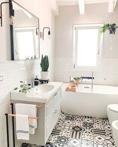 """Westwing Poland on Instagram: """"Naszą uwagę przykuły przepiękne płytki, a Twoją? 😍⠀⠀⠀⠀⠀⠀⠀⠀⠀ 🛍 Tylko do końca niedzieli trwa kampania """"Łazienka TRENDY 2021"""". Kliknij link…"""" Bamboo Bathroom, Bathroom Inspo, Bathroom Inspiration, Bathroom Ideas, Bathroom Renos, Washroom, Lavabo Design, Hello Gorgeous, Clawfoot Bathtub"""