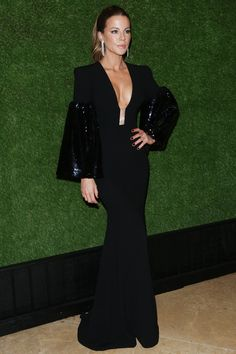 Week in Fashion: Penélope Cruz Forgoes Versace at The Assassination of Gianni Versace Premiere