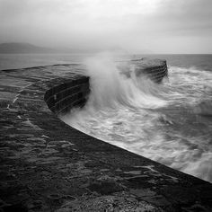 The Cobb IV (Dorset, England) by Adam Clutterbuck, via Flickr