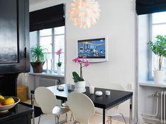 Décoration scandinave dans 36m² / Scandinavian decoration in 36m² : http://www.maison-deco.com/petites-surfaces/amenagement-petites-surfaces/Deco-scandinave-pour-un-appartement-de-36m2