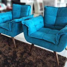 Promoção na Smarçaro: Poltrona por R$990 ou 12x R$99,00. Disponível nas cores azul, amarelo e vermelho. #sale #smarçaro #moveis #poltrona #casa #home #design