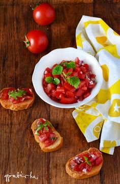 Tomato salsa with lemongrass / Citromfüves paradicsom salsa Lemon Grass, Bruschetta, Salsa, Ethnic Recipes, Food, Meal, Salsa Music, Restaurant Salsa, Eten