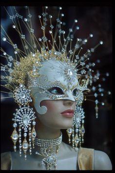 white mask with crystals - Mardi Gras Mardi Gras, Costume Venitien, Venice Mask, Carnival Of Venice, Masquerade Party, Masquerade Masks, Mascarade Mask, Masquerade Outfit, Masquerade Centerpieces