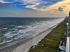 Travelers Picked This Beach As Their Favorite In The Carolinas—And It's A Perfect Summer Getaway — Tripadvisor Most Beautiful Beaches, Beautiful Places To Visit, Places To See, Us Beaches, Vacation Places, Beach Trip, Trip Advisor, The Good Place, United States