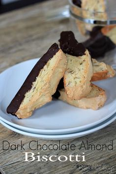 Dark Chocolate Almond Biscotti | www.joyfulhealthyeats.com | #biscotti #holiday #darkchocolate # dessert #cookie # almond