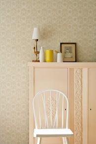 Love it all; colors, wallpaper, vintage, nostalgia-everything! @MøbelPøbel