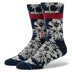 Aloha. You don't need a grass skirt to rock Stance's Malu Lani—just a sense of adventure and a desire for comfort. The sock's tighter stitching—combined with its luxurious combed cotton—provides a clean appearance, enhanced durability, and a plush feel. Whether you're watching waves or just dreaming of them, the Malu Lani is the perfect sidekick.