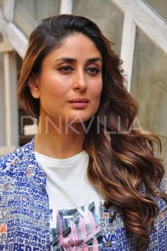 Kareena Kapoor snapped in Mumbai on March 2016 Bollywood Actress Hot Photos, Bollywood Celebrities, Tamil Actress, Celebrities Fashion, Celebs, Kareena Kapoor Pics, Karena Kapoor, Russian Women For Marriage, Beautiful Girl Image