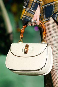 dc883afa087e Gucci 2017-18 Sonbahar/Kış Detay Purses 2017, Luxury Bags, Leather Purses