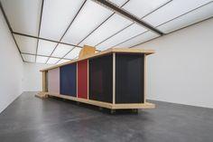 Exhibition view Kunstmuseum Luzern, Thomas Schütte, Houses, 2013/2014, courtesy the artist © Pro Litteris, Zürich, photo: Stefano Schröter