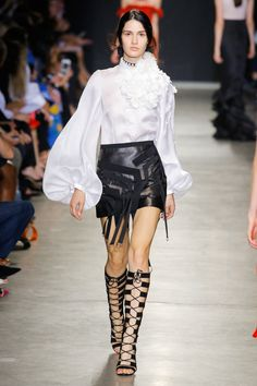 Andrew Gn Spring 2018 Ready-to-Wear Collection Photos - Vogue