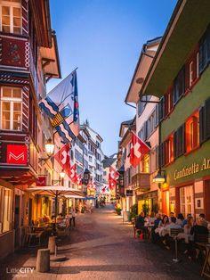 Zürich: Top 15 Sehenswürdigkeiten & Reisetipps eines Locals | Reiseblog Great Places To Travel, Places To Visit, Landscape And Urbanism, Lightroom, Travel Jobs, Senior Trip, Photography Challenge, Wanderlust, Future Travel
