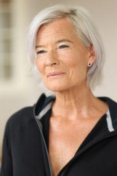 SILVER - Agence de Top Modèles de plus de 40 ans - Paris